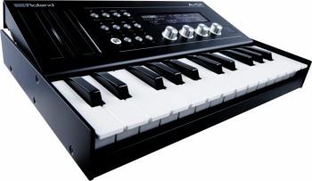 Roland-A01-4.jpg