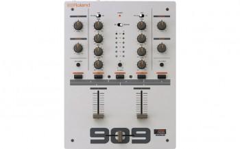 Roland-DJ-99-1.jpg
