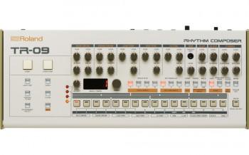 Roland-TR-09-6.jpg